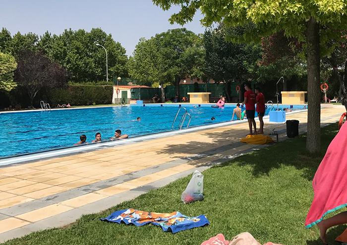 Precios de piscinas madrid adelanta la apertura de las for Piscinas hinchables carrefour precios