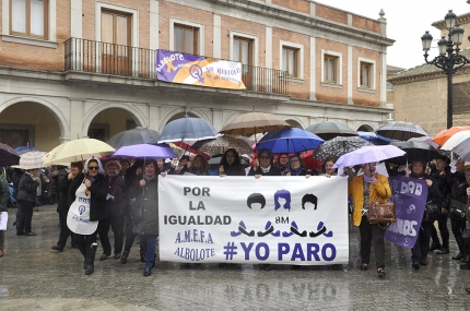 Tras la concentración se ha iniciado una marcha hasta la Casa de la Cultura