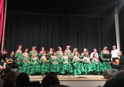 El nuevo Coro Flamenco de Albolote en una de sus actuaciones el pasado invierno.