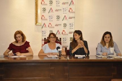 La concejala de salud, Rosa María Madrid, presenta el Proyecto Hidratación