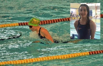 Martina Gámiz  durante la competición. Arriba a la derecha un primer plano de la joven deportista.