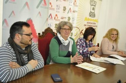 Firma del convenio entre ASCOAL y el Ayuntamiento