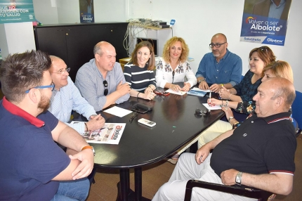 Reunión de trabajo en la sede municipal del PP de Albolote.
