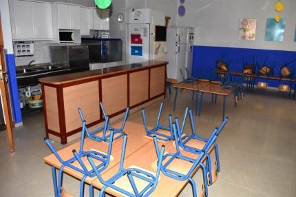 Vista parcial del comedor del Colegio Lucilo Carvajal de Albolote, uno de los afectados por la quiebra de la empresas adjudicataria.