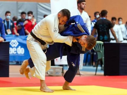 Jorge Picado, de azul, no pudo alcanzar la final del Campeonato de España